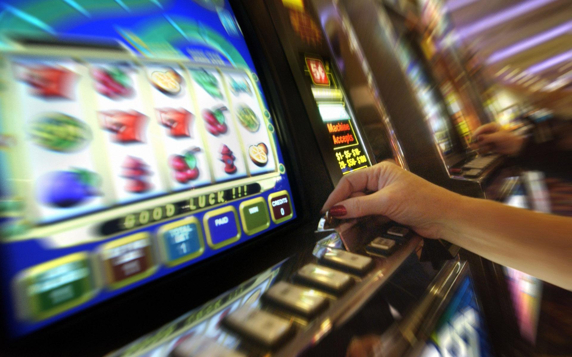 ordinanza orari di esercizio sale giochi e funzionamento apparecchi con vincita in denaro